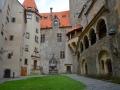 hrad bouzov 2